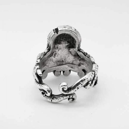 Lovecraft Cthulhu ring in sterling silver with tentacles